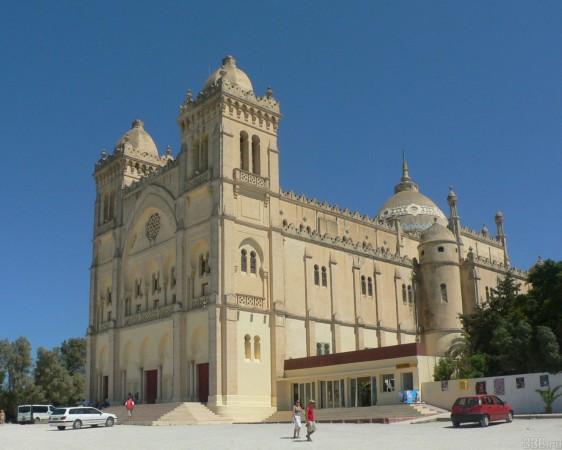 На майские праздники в Тунис