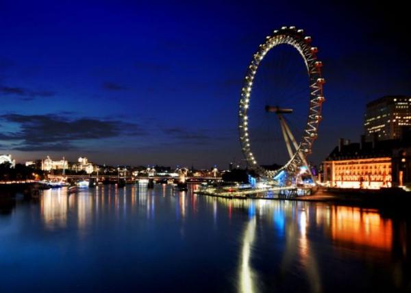 Лондонский глаз – крупнейшее колесо обозрения в мире