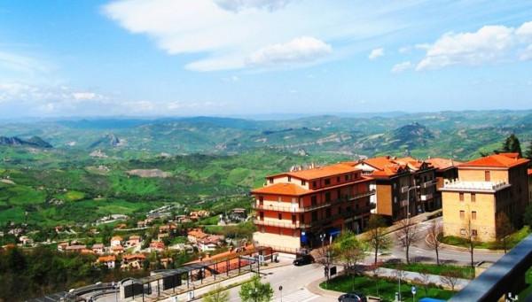 Древнейшая республика в Европе - Сан-Марино