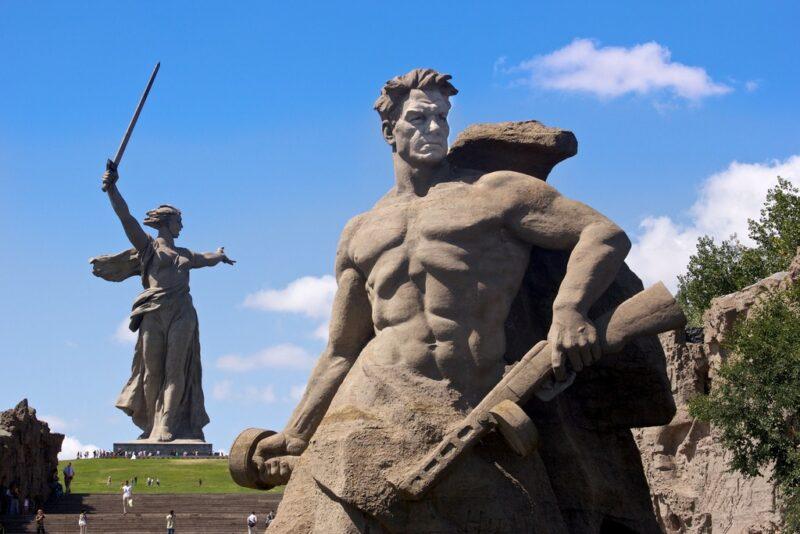Два самых известных исторических памятника России