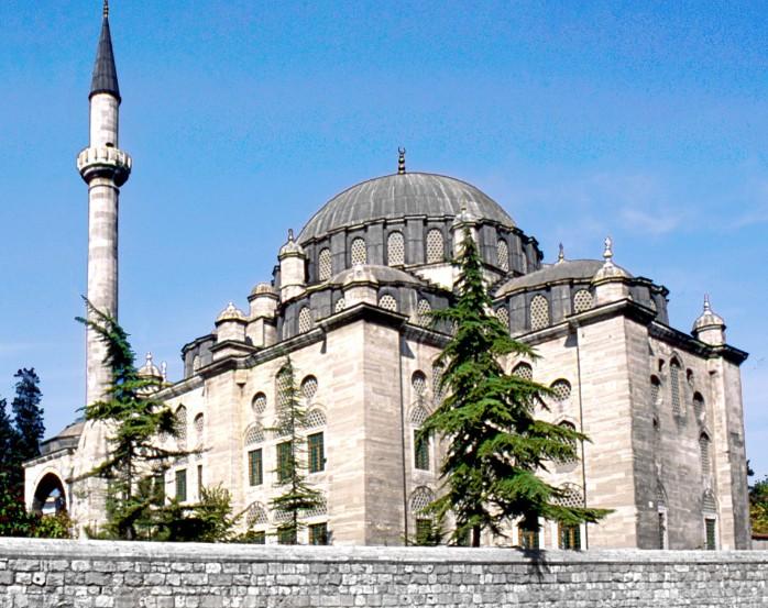 Мечеть Hekimoglu Ali Pasa в Стамбуле